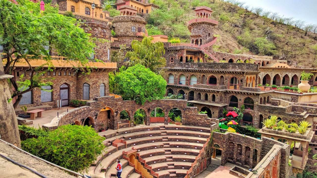Top 10 Nearby Places to Visit inDelhi
